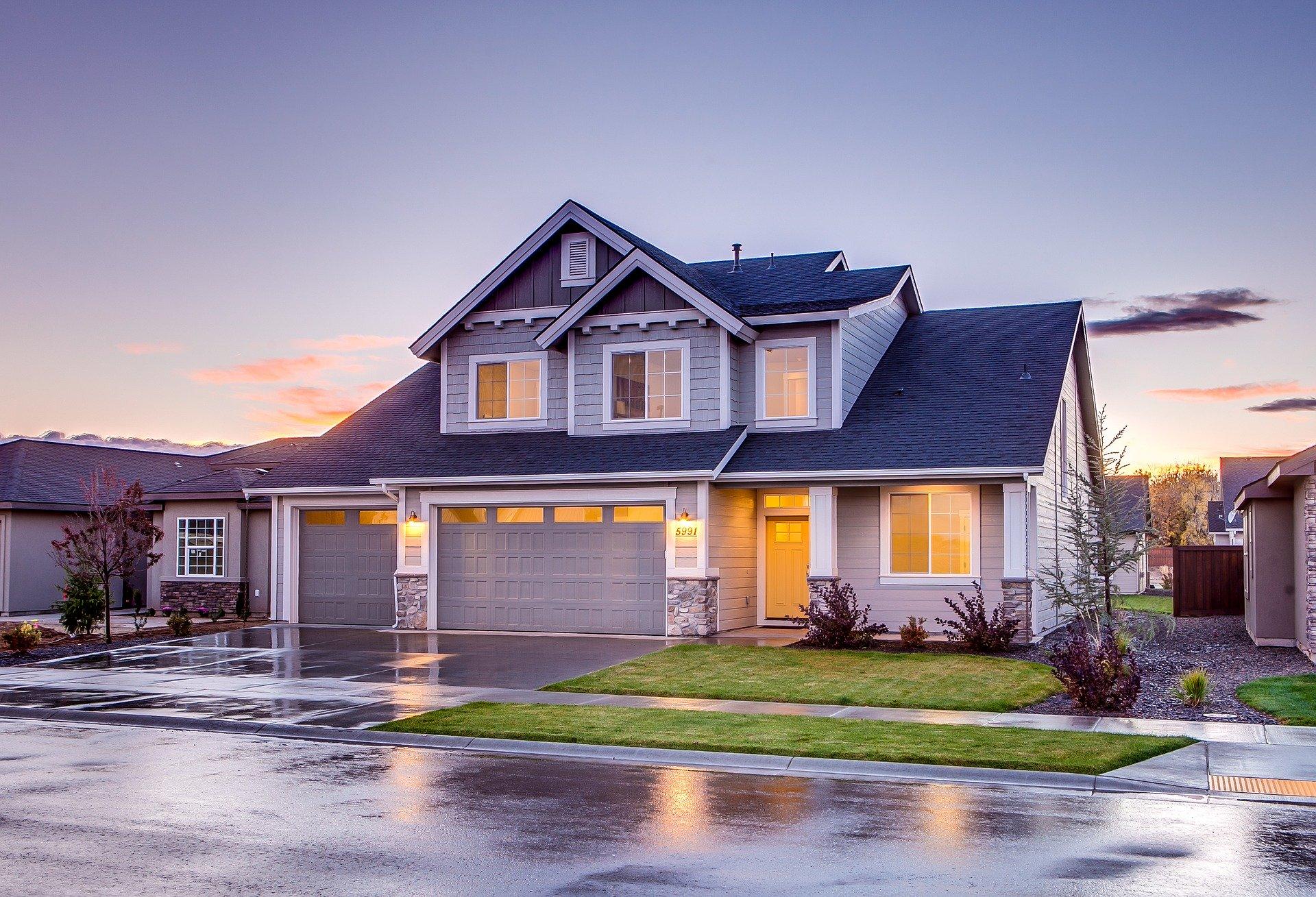 asphalt fiberglass shingle roofing