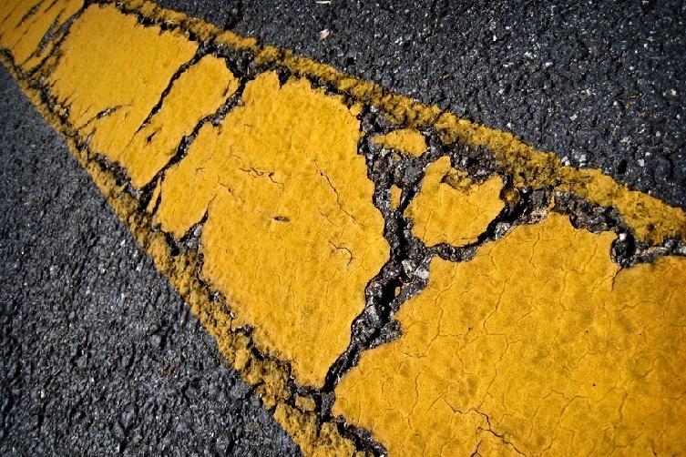asphalt repair crack fill